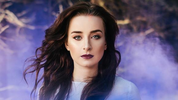Emma Crowder - Singer/Songwriter Live Act in Sheffield