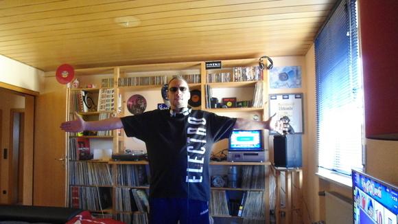 DJ Fish aka Mark Dre - Minimal Minimal Electro Hip Hop Black & Soul DJ in Höchstadt