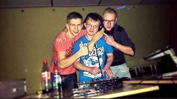DJ Piano - House Deep DJ in Pansfelde