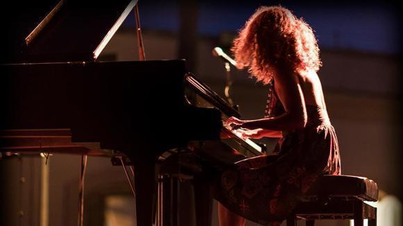 ELISABET RASPALL - Jazz Mediterranean Pop Ethnojazz Original Live Act in Barcelona