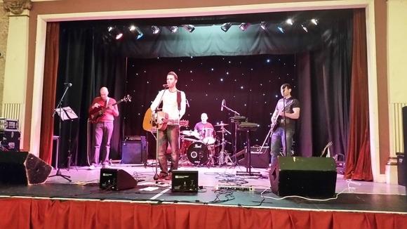Goodnight Dakota - Musical Acoustic Folk Pop Live Act in Leeds