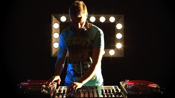 DJ Robinho - Club Dancehall House Charts Black DJ in Düsseldorf