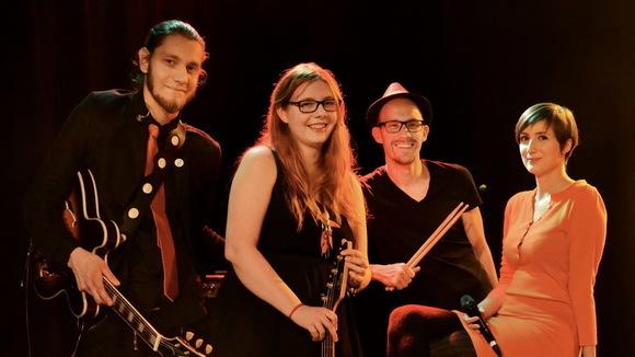 sona - Pop Indiepop Indiepop Pop Melodic Live Act in Berlin