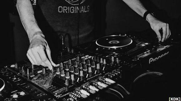 Simon Dechant - Dark Techno DJ in Neulußheim