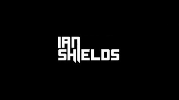 Ian Shields - House Techhouse Progressive Techno Groove edm DJ in Leicester
