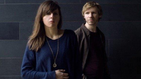 Zoe Konez - Indie Urban Folk Singer/Songwriter Acoustic Pop Indie Live Act in London