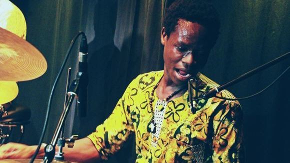 Ezé Wendtoin - Live Electro Worldmusic Electro-acoustic Afro Live Act in Ouagadougou, aber zurzeit in Dresden