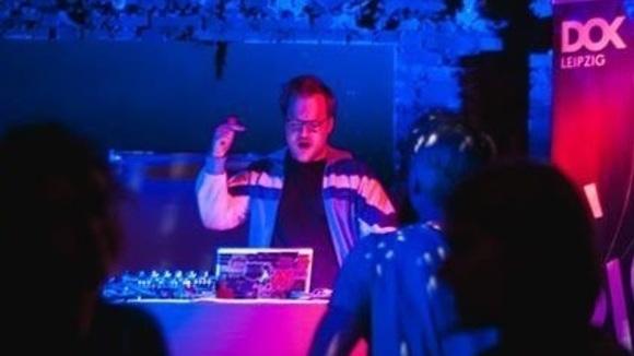 Grindheim - DJ Pop Electro Classics Indie DJ in Leipzig