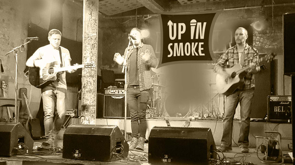 Up In Smoke - Acoustic Pop Acoustic Hip Hop Acoustic Rock Indie Live Act in Ayrshire