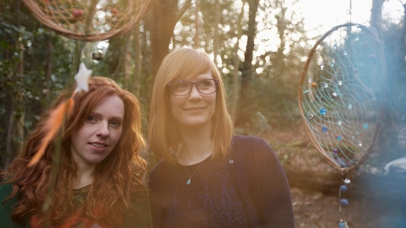 Worry Dolls - Americana Folk Acoustic Alternative Country Country Live Act in London
