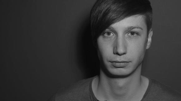 Carlos Chravez - Techno Techhouse Minimal Techno Techno Minimal DJ in Berlin