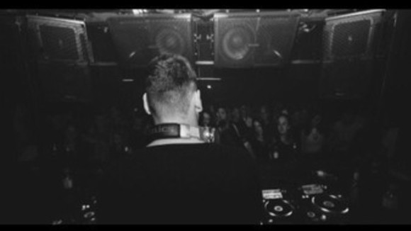 Cueve - House Techno DJ in Berlin
