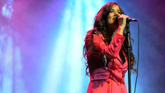 BONNIE - Pop Pop Britpop Rock Cover Live Act in Montevideo