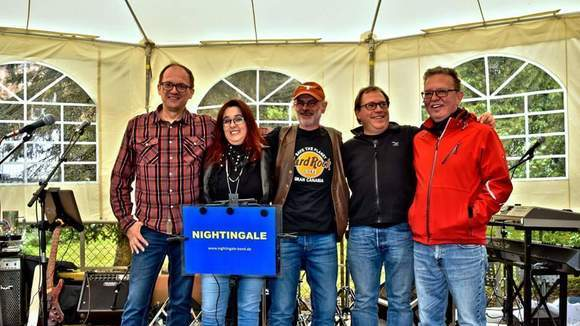 Nightingale - Partymusik Cover Live Act in Losheim am See