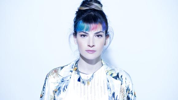 Dorine Levy - Indiepop Electro Live Act in Tel-Aviv