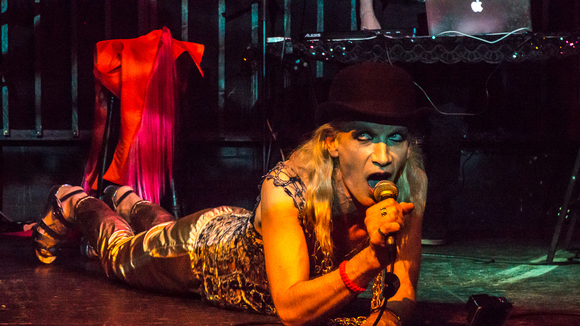 Merlin Dietrich - Electro Alternative Disco Avantgarde Pop Singer/Songwriter Live Act in Berlin