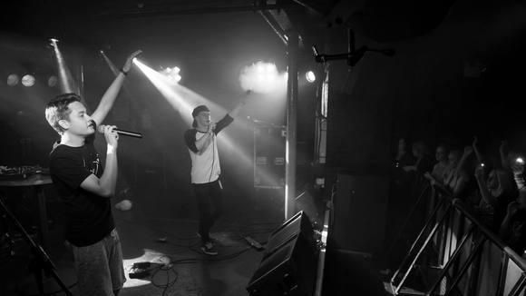 Vil - Hip Hop Pop Live Act in Chester