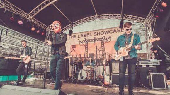 Weekend Wars - Indiepop Pop Rock Alternative Rock Indie Live Act in St. Helens