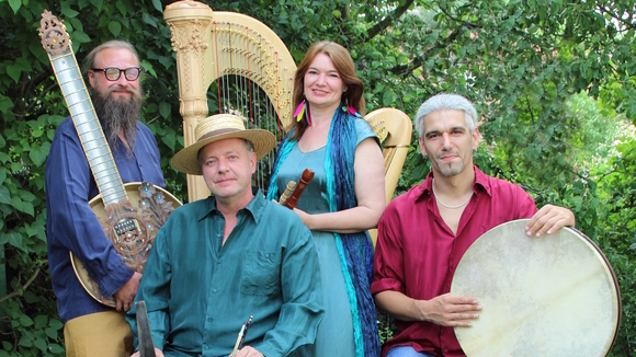 Julia Rosenberger und die Paradiesvögel - Worldmusic Instrumental Klassik Jazz Soundtrack - Film Live Act in Unterfranken