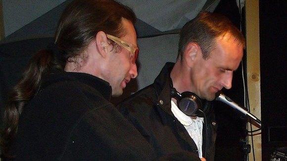MODUL6 e-MUSIC - Partymusik Liveact  Progressive Trance Progressive House Producer DJ in Schönewalde