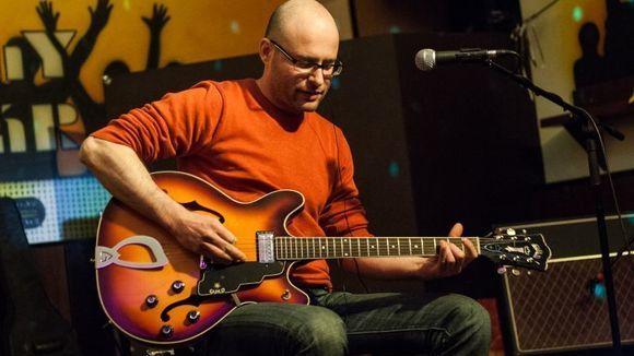 Csaba Houdek - Acoustic Songwriter Live Act in Berlin