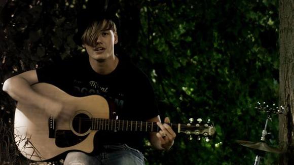 HarryCan - Folk Folk Rock Singer/Songwriter Cover Acoustic Rock Live Act in Cottbus