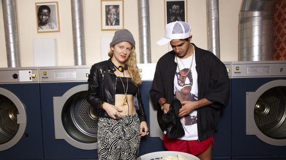 Sweatshirt - Pop Electronic Live Act in Berlin
