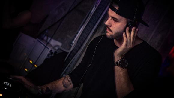 Kadenzmann - Techno Techhouse Minimal Techno Techno Deep Techno DJ in regensburg