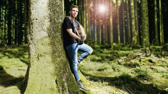 Reno Gabriel - Pop Singer/Songwriter Rock New Country Country Live Act in Olten