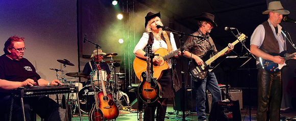 HAPPY TEXAS - Country New Country Alt-Country Live Act in Hennickendorf