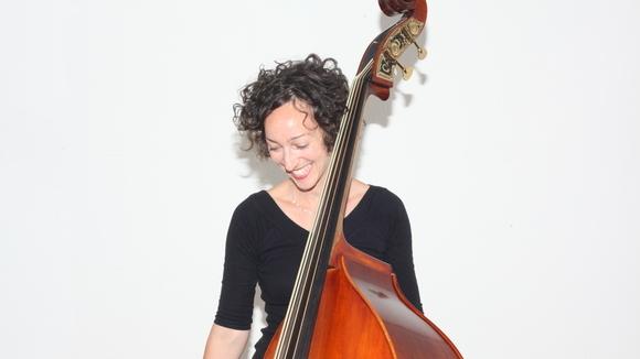 Eva Patricia Kesselring - Jazz Contemporary Jazz Experimental Jazz Bossa Nova Live Act in Bern