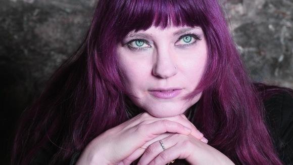Tabitha Elkins - Alt-Rock Rock Retro Future Sound  Neo Soul Indie Live Act in Alsheim