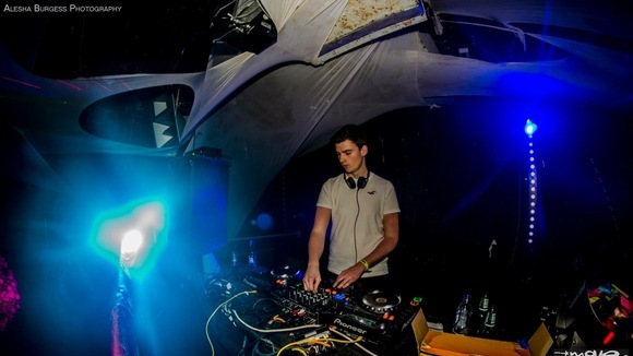 Robbie Robinson - House Techhouse House Progressive House Future House DJ in Dawlish