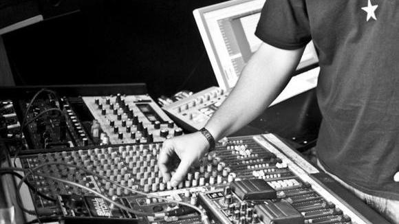 Dubbledubble - Dub Reggae Live Act in Kilbirnie