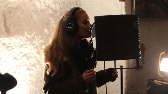 Mirja Danielle - Singer/Songwriter Pop Live Act in Grafenberg