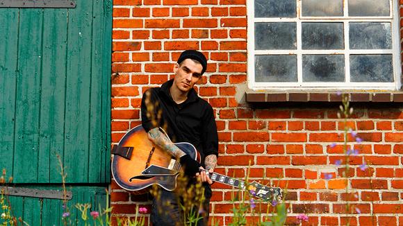 carsten klatte - Singer/Songwriter Ambient Improvisation Jazz Live Act in Berlin