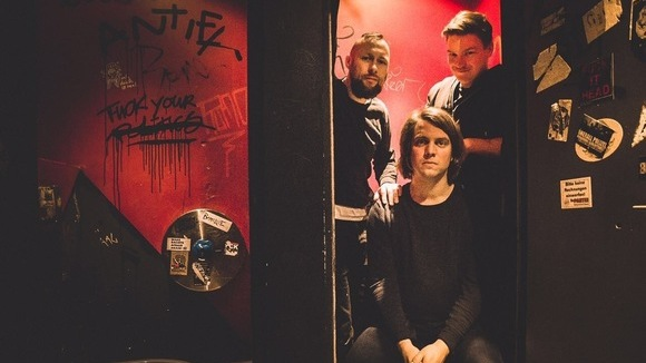 Männi - Punkrock Post-Punk Punk Rock Beats Live Act in Aachen