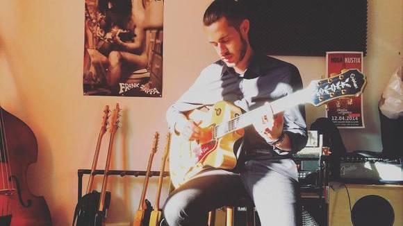 Fynn Mee - Singer/Songwriter Blues Folk Singer/Songwriter Folk Pop Live Act in Ennepetal