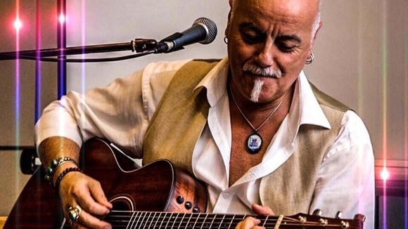 VINCENZO - Worldmusic Live Act in Erlenbach