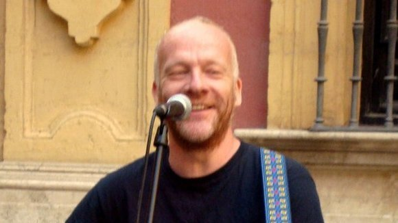 Peter Edgerton - Singer/Songwriter Live Act in Malaga