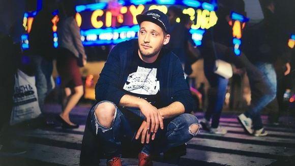 aberANDRE - Pop Singer/Songwriter Deutschrock Pop Synthiepop Live Act in Hattingen
