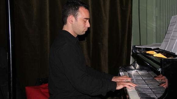 www.idospak.com  - Jazz Fusion Jazz Live Act in Lüneburg