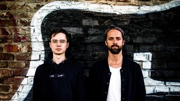 Von Flocken - Indie Folk Pop Electro Elektro-akustisch Live Act in Berlin