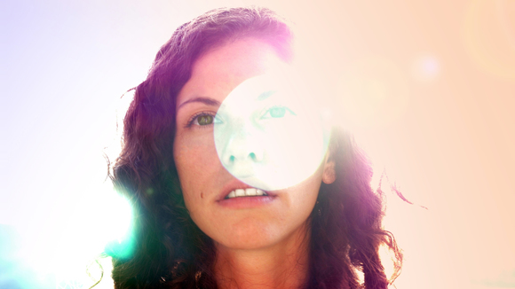 Jess Hart - Singer/Songwriter Alternative Rock Electro Garage Rock Live Act in Montreal