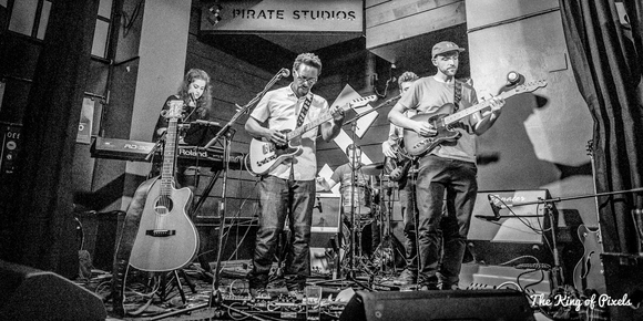 Aaron Douglas - Singer/Songwriter Acoustic Pop Rock Alternative Folk Indie Live Act in Bristol
