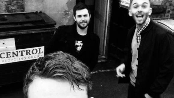 FLUX - Lo-Fi Alternative Rock Garage Rock Post Indie Live Act in Merseyside