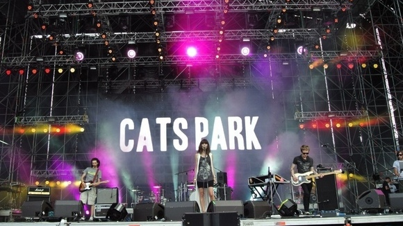 Cats Park - Atmospheric Trip-Hop Melodic Dream Pop Indie Live Act in St. Petersburg