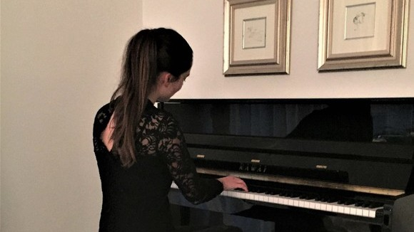 Alessandra - Klavier/Piano Klassik Barpiano Piano Classical Live Act in München
