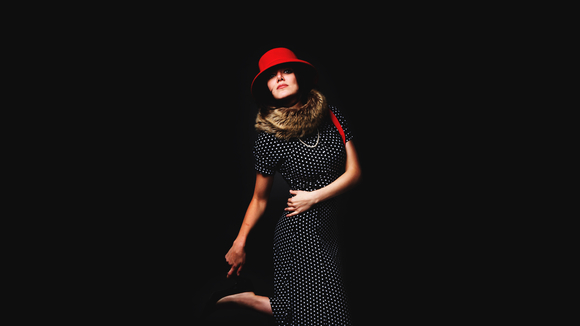 EchoWants Her VoiceBack - Singer/Songwriter Folk Rock Folk Rock Indie Live Act in London