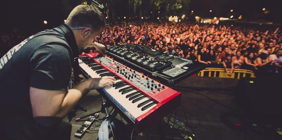 Andy V - Reggae Dub Drum 'n' Bass Live Act in Bristol